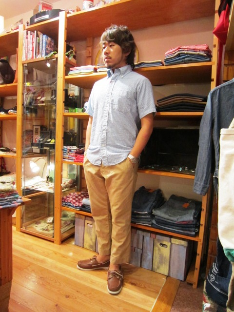 "雨の日の。。。 & ""SERO SEER SUCKER B/D SHIRTS\"" 入荷!_f0191324_9361472.jpg"