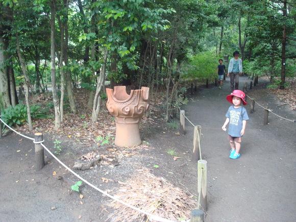 土器焼き: firing replicated pottery_a0186568_0434127.jpg