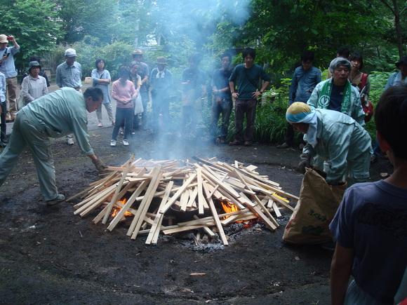 土器焼き: firing replicated pottery_a0186568_105462.jpg