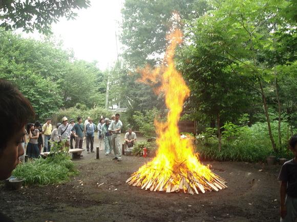 土器焼き: firing replicated pottery_a0186568_11677.jpg