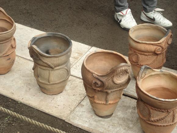 土器焼き: firing replicated pottery_a0186568_165245.jpg