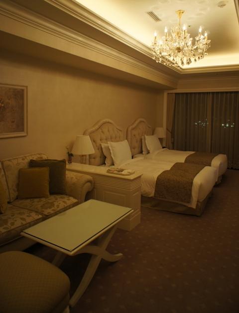 プレゼント満載、ホテル・ラ・スイート神戸星の数は?_f0083294_017559.jpg
