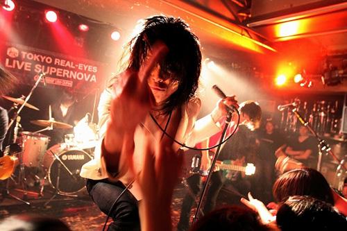 """【ライヴレポート】J-WAVE TOKYO REAL-EYES """"LIVE SUPERNOVA Vol.61""""_e0197970_1514132.jpg"""