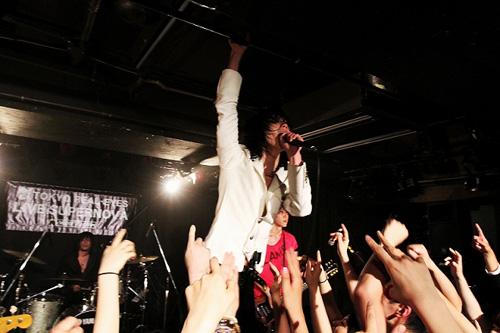 """【ライヴレポート】J-WAVE TOKYO REAL-EYES """"LIVE SUPERNOVA Vol.61""""_e0197970_15142680.jpg"""