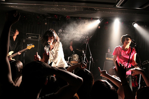 """【ライヴレポート】J-WAVE TOKYO REAL-EYES """"LIVE SUPERNOVA Vol.61""""_e0197970_151432.jpg"""