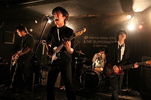 """【ライヴレポート】J-WAVE TOKYO REAL-EYES """"LIVE SUPERNOVA Vol.61""""_e0197970_15143428.jpg"""