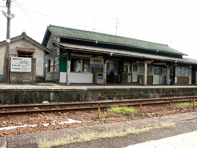姫新線 勝間田駅/林野駅_f0116479_2365355.jpg