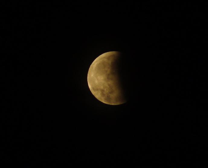 皆既月食。_c0180686_18225333.jpg