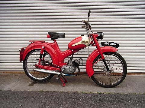 bianchi moped_a0208987_15571018.jpg