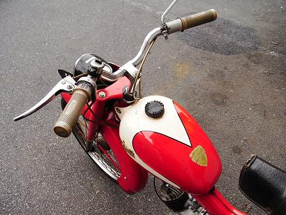 bianchi moped_a0208987_15593797.jpg