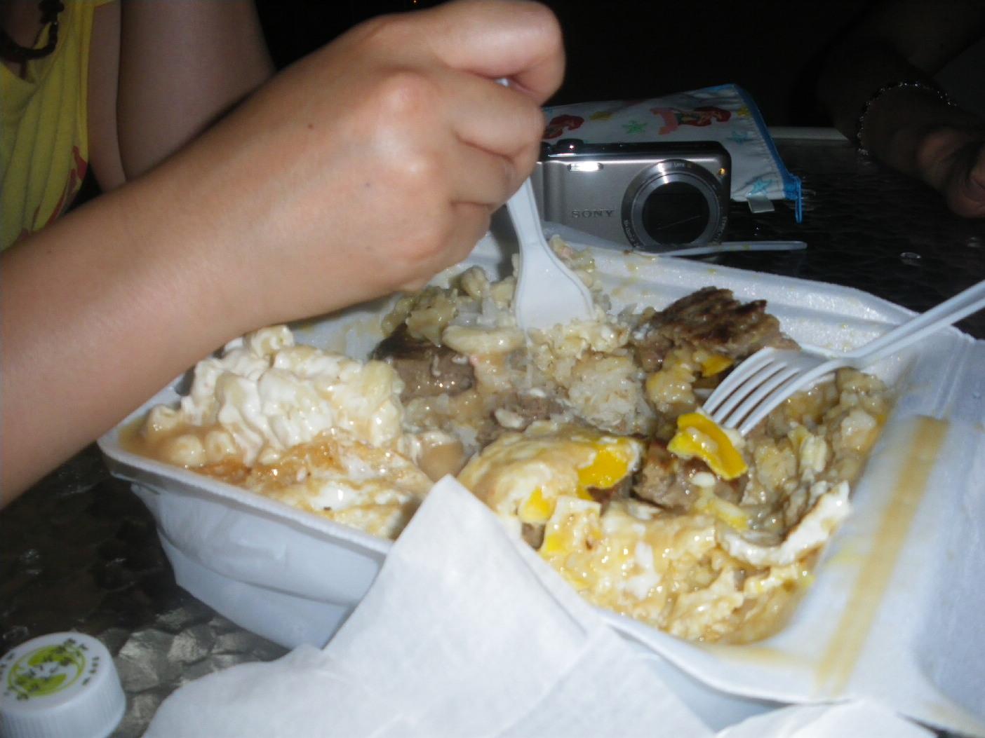 2011 1泊3日HAWAII旅行記~テイクアウトで美味しいフード~_f0011498_16433256.jpg