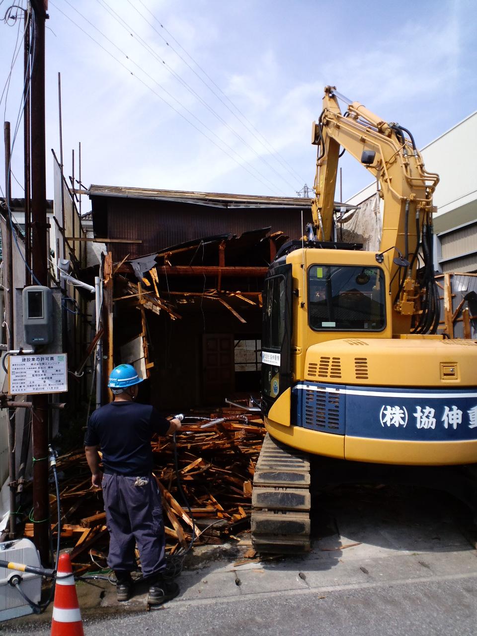 木造家屋解体工事_f0110349_17453254.jpg