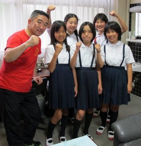 Girl fighters_c0157558_2247718.jpg