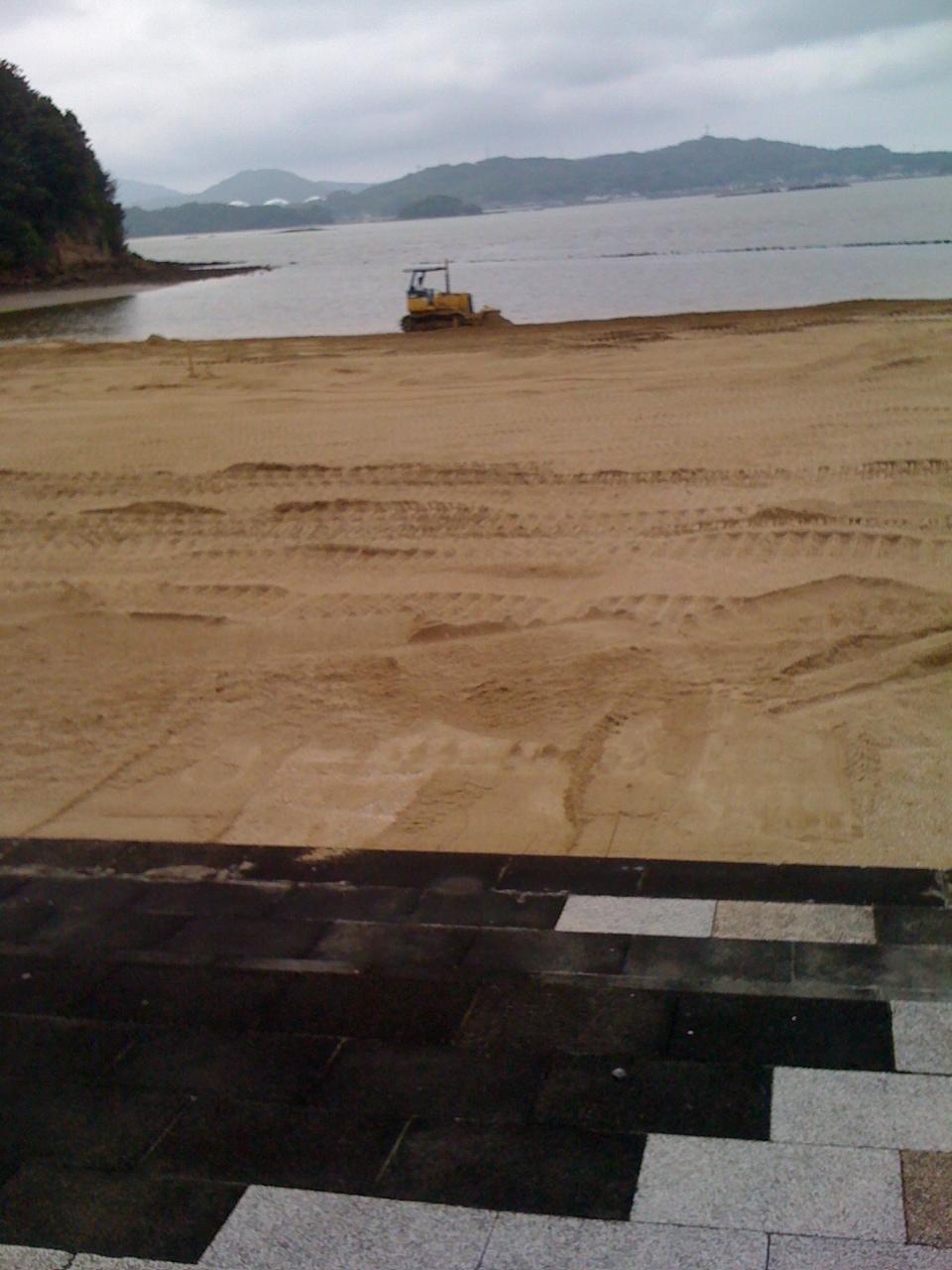 イマリンビーチ準備中_a0077071_17295964.jpg