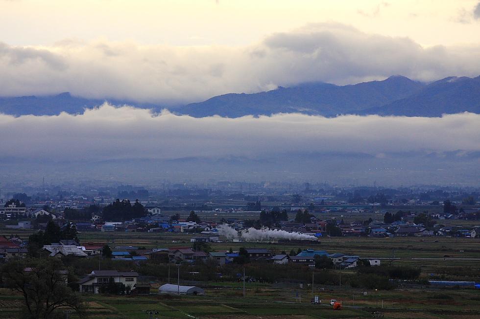 重なる雲 - 2010年・只見 -_b0190710_9121380.jpg