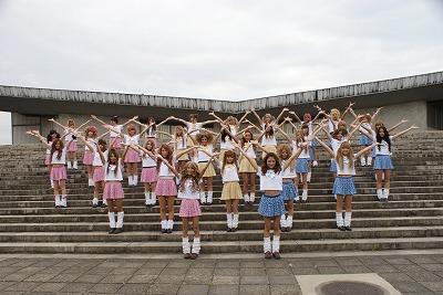 渋谷のギャルが、第5次パラパラブームを巻き起こすために遂に立ち上がる!_e0025035_15313855.jpg
