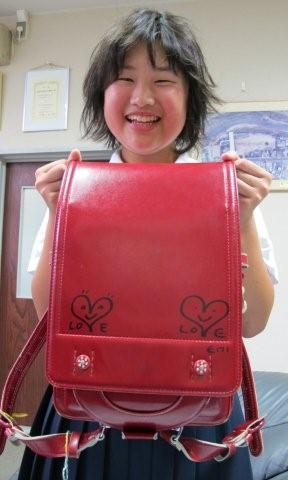 Autograph on the school bag_c0157558_1474479.jpg