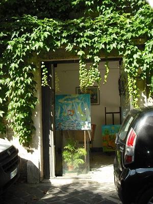 ローマ・マルグッタ通り(2)~風情ある地はまた、モダンアートの地だった!_a0172661_22304263.jpg