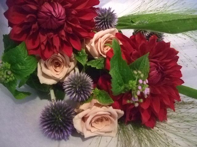 オークリーフ花の教室(中山さんの作品)_f0049672_17545720.jpg