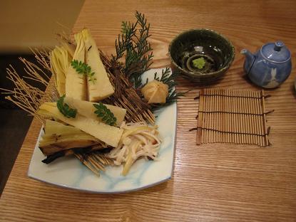 鍋焼うどんの探求(30) 蕎麦切 森の@本郷 至高のきしめん_f0030574_030452.jpg