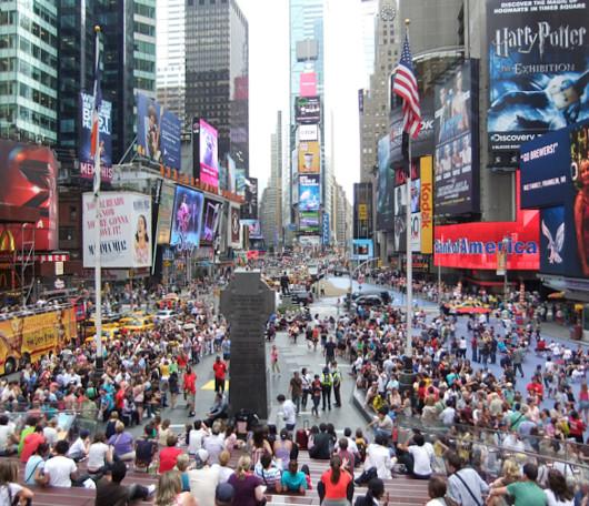 ニューヨークのブロードウェイ・ミュージカルが史上空前の人気爆発中!!!_b0007805_224849.jpg