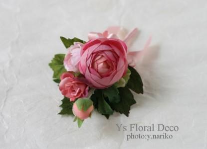 淡いピンク色のドレスに ピンク色のフラワーアクセサリー_b0113510_0185.jpg