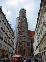 ミュンヘン建都853年_e0195766_18394334.jpg