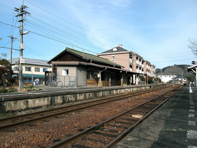 姫新線 美作江見駅/美作土居駅_f0116479_23352678.jpg