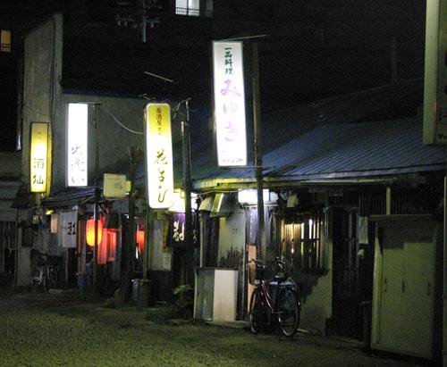 夜の大人遊び 札幌ナイトクルージング決行_a0139912_2475276.jpg