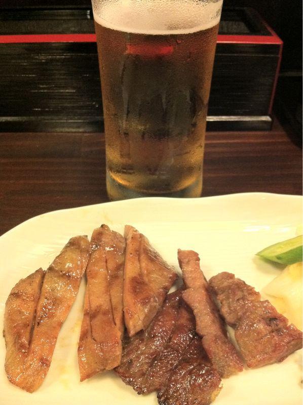 仙台といえば牛タンです_c0110051_2155133.jpg