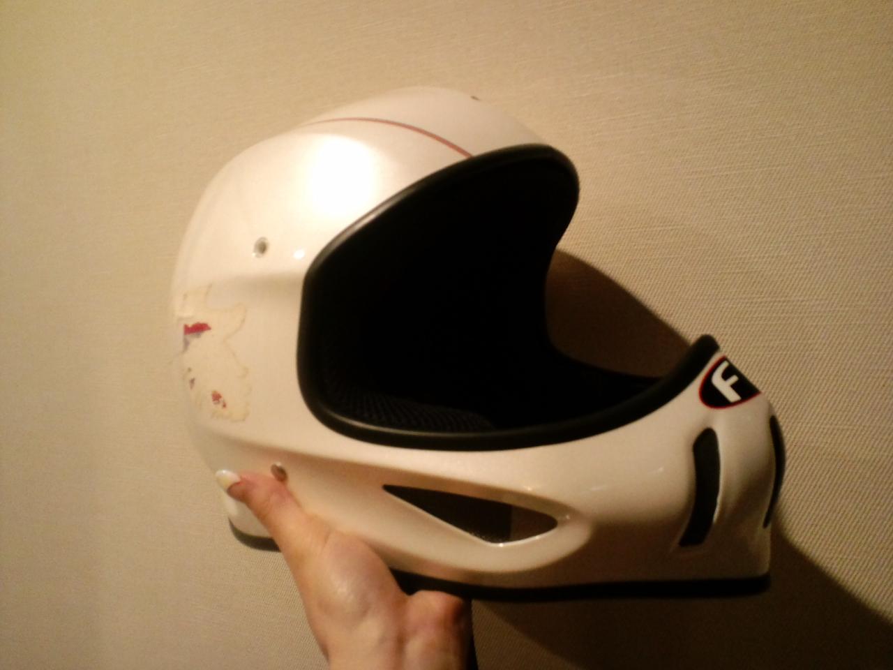 思い出のヘルメット☆_c0151965_1694338.jpg
