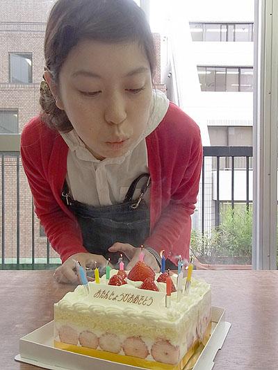 かすみちゃん、誕生日おめでとう!_a0117794_18121319.jpg