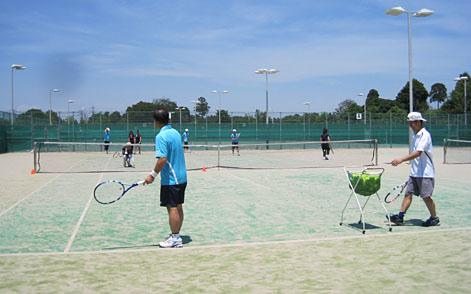 久し振りの晴天、水曜テニスサークル_a0151444_1339773.jpg