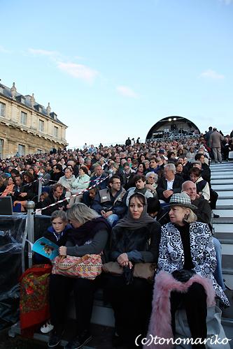 パリで野外オペラ_c0024345_16515990.jpg