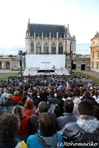 パリで野外オペラ_c0024345_16521431.jpg