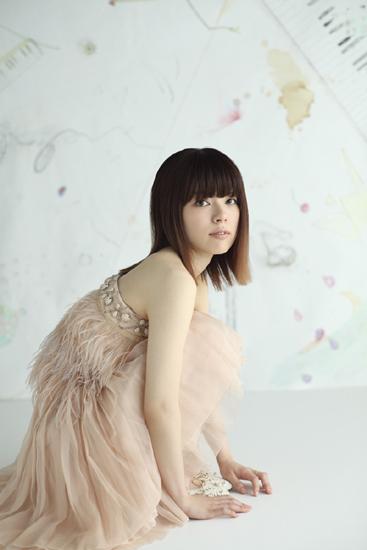 NIKIIEの新曲が『CDTV』7月度EDテーマに&7/1にはライヴUst配信も!!_e0197970_1452358.jpg