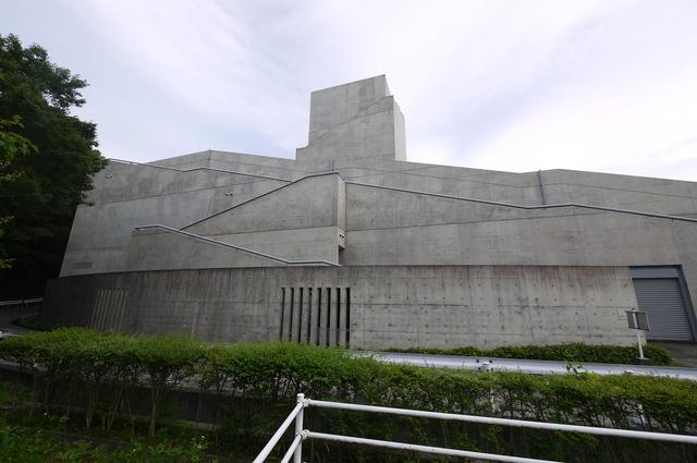 安藤忠雄氏設計 近つ飛鳥博物館_e0214805_6545844.jpg