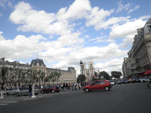 アホの功名?一日間違えた・・・PARIS晴れ、9区から13区へLIVE機材レンタルに行って来ました!→→_b0032617_265734.jpg