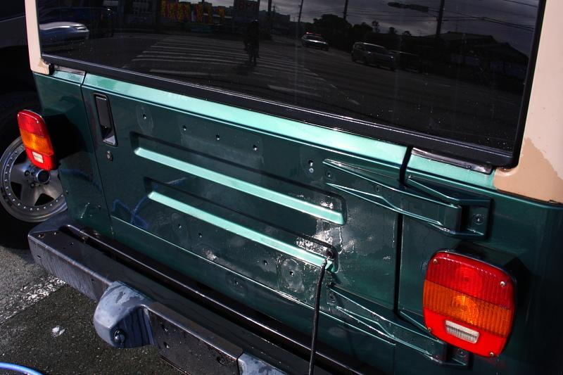 グリーンのTJ 外装磨き_f0105425_1816595.jpg