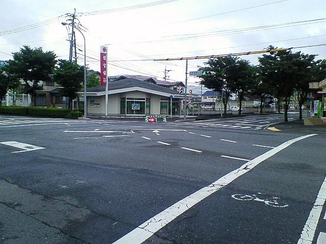 日課の防犯・交通安全指導 2011年6月24日朝 _d0150722_1059297.jpg