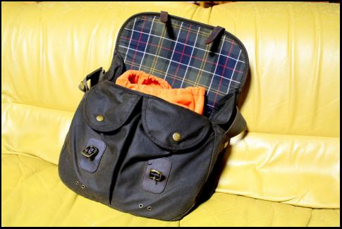 Barbour Camera Bag _f0053342_1318344.jpg