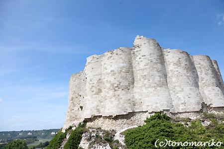 小さな町 Les Andelys_c0024345_17352433.jpg
