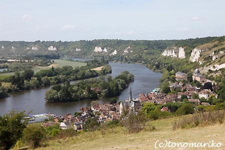 小さな町 Les Andelys_c0024345_1735394.jpg