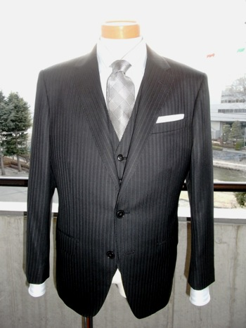 """「鉄っぽいスーツがいいな!」 ~""""結婚式にお呼ばれ""""でも~  ~""""ビジネスの舞台""""でも~ 編 _c0177259_18124343.jpg"""