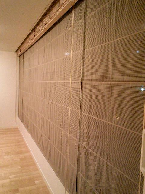 木製ブラインドとシャープシェードの組み合わせ『フジエテキスタイル』_c0157866_1859769.jpg