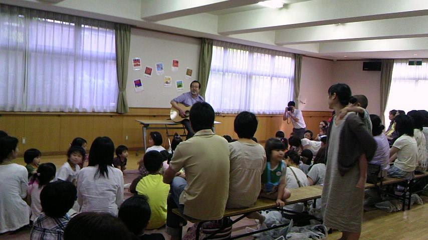 「みんなともだちプロジェクト中川ひろかた先生コンサート」_b0114789_16115722.jpg