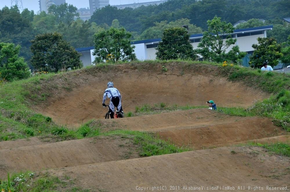 2011JOSF緑山6月定期戦VOL4:MTBエキスパート決勝_b0065730_23115668.jpg