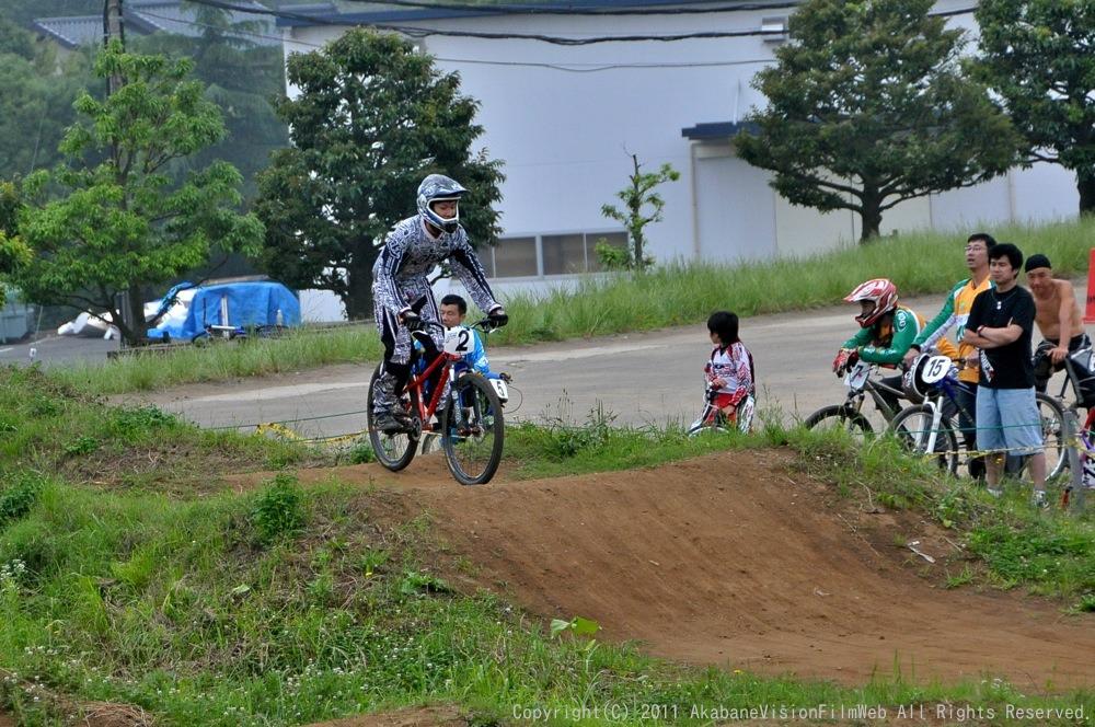 2011JOSF緑山6月定期戦VOL4:MTBエキスパート決勝_b0065730_23124550.jpg