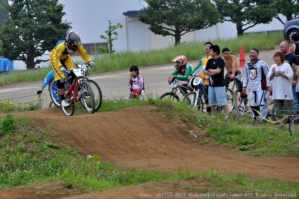 2011JOSF緑山6月定期戦VOL4:MTBエキスパート決勝_b0065730_23132076.jpg