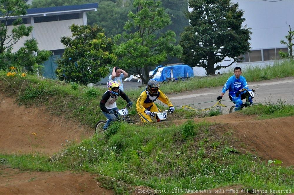 2011JOSF緑山6月定期戦VOL4:MTBエキスパート決勝_b0065730_2313723.jpg